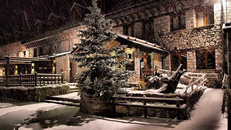 Primera nevada en cerler hostal parque natural hotel - Spa llanos del hospital ...